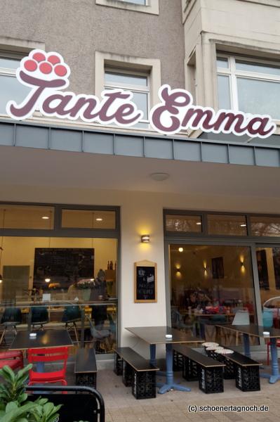 Kaffee Und Kuchen Im Tante Emma Café Am Zoo In Karlsruhe