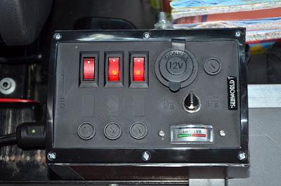 [Tuto] - Seconde batterie et installation électrique sur Vito 111 20120902_1914_01-vito