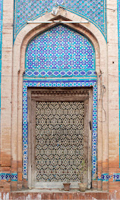 A window of darbar of Jalaluddin Bukhari.