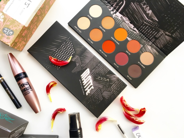 zoeva matte palette review and swatches, zoeva eyeshadow palette, best matte eyeshadow palette