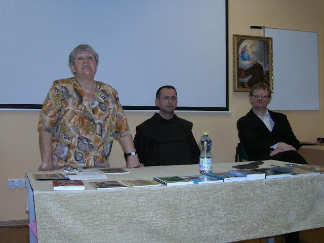 Spotkanie z autorem książek o św. Janie z Dukli i św. Janie Pawle II – Jadwigą Nowak - P6120068.JPG