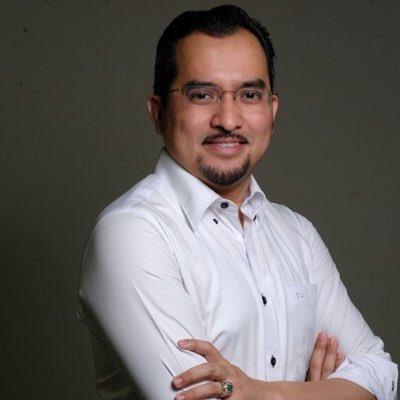 Secara rasminya, Datuk Dr. Asyraf Wajdi Dusuki @drasyrafwajdi adalah Ketua Pergerakan Pemuda UMNO Malaysia