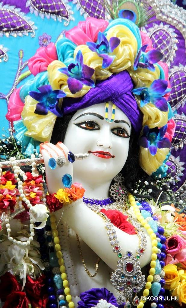 ISKCON Juhu Sringar Deity Darshan 17 Aug 2016 (45)