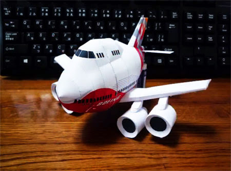 SD Boeing 747-8 Papercraft