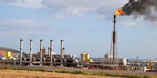 Algérie : Les revenus pétroliers en baisse de près de 40%