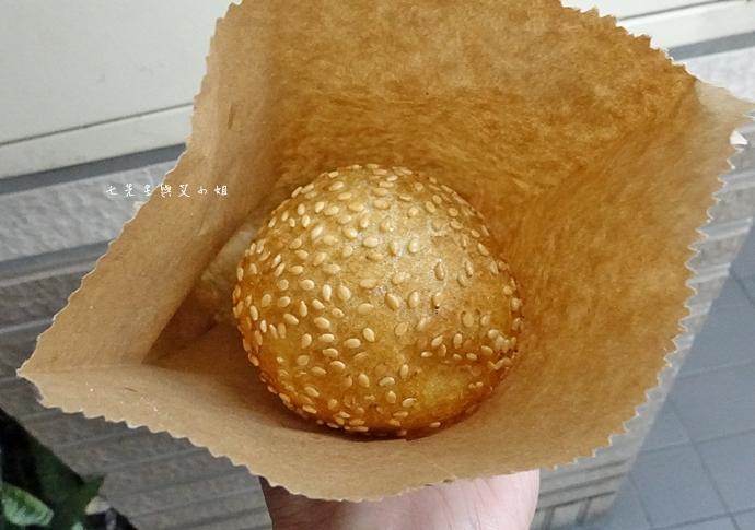 8 新莊公園建豐街 QQ蛋 芝麻球 新莊美食