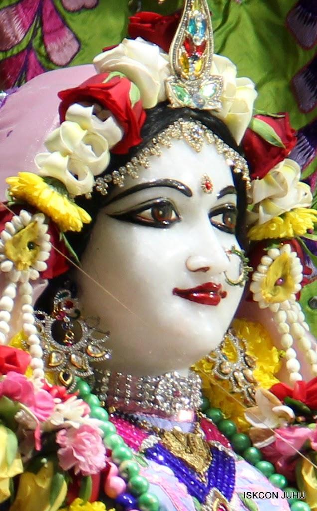 ISKCON Juhu Sringar Deity Darshan on 30th June 2016 (9)
