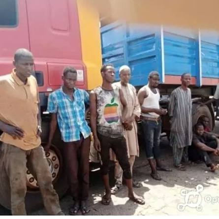 Edo State Caught Trailer Loaded With Covid19 Positive Alamajiris From Kano