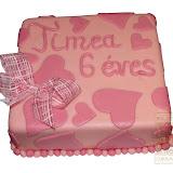 15. kép: Ünnepi torták - Szívecske díszes torta