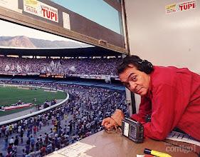 Photo: Em 1991, Chico foi comentarista esportivo do jogo Botafogo X Vasco, no Estádio do Maracanã