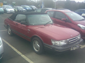 soft-top in supermarket car park