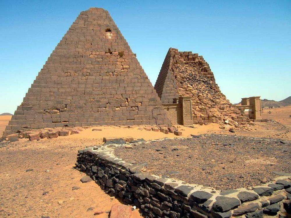 nubian-pyramids-7