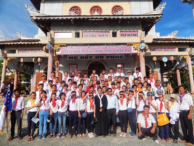 Họp Đại Diện các xứ đoàn TNTT trong giáo phận và Sa mạc HÃY VUI LÊN 1 huấn luyện Linh hoạt viên TNTT giáo phận tại Quảng Thuận và Tân Hội