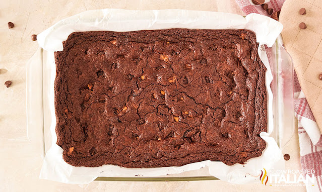 baked brownies unfrosted