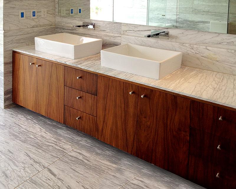 Muebles de ba o muebles para ba o modernos closets orbis for Mueble de bano doble lavabo de madera