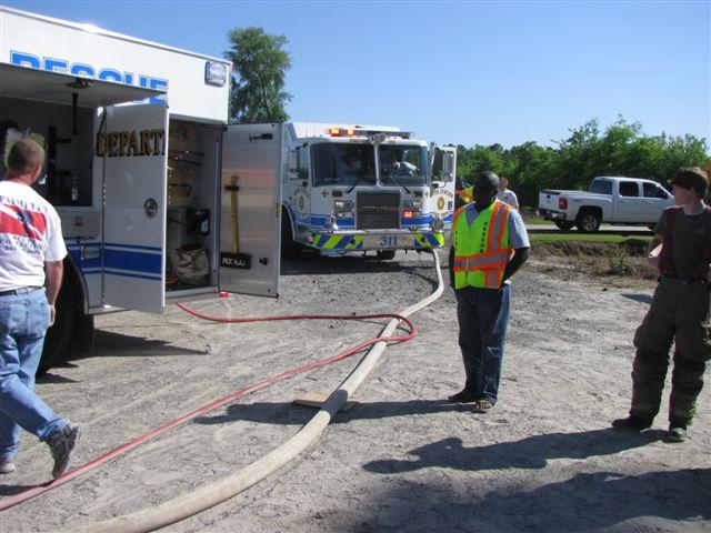 Floyd Farm Service Fire 017.jpg