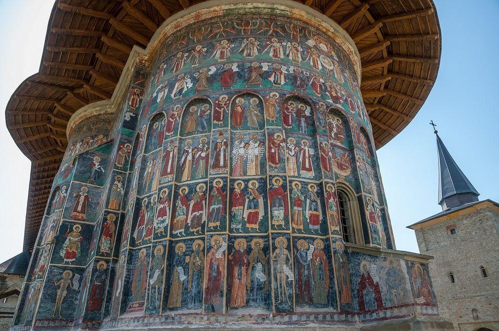 sucevita-monastery-1