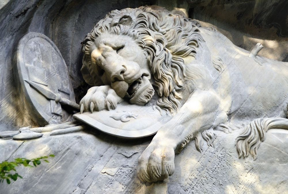 lion-of-lucerne-5