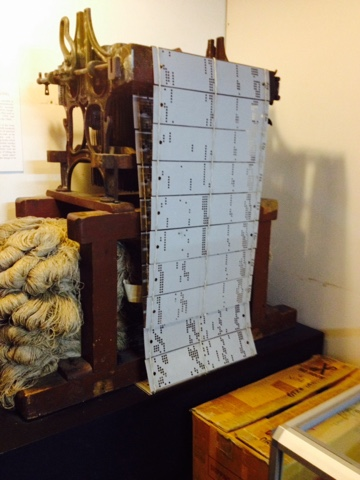 Traveling Teacher: Jacquard Loom for Damask Cloth