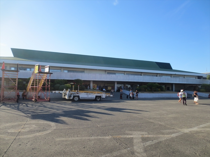 ボラカイからカリボへ - カリボ国際空港