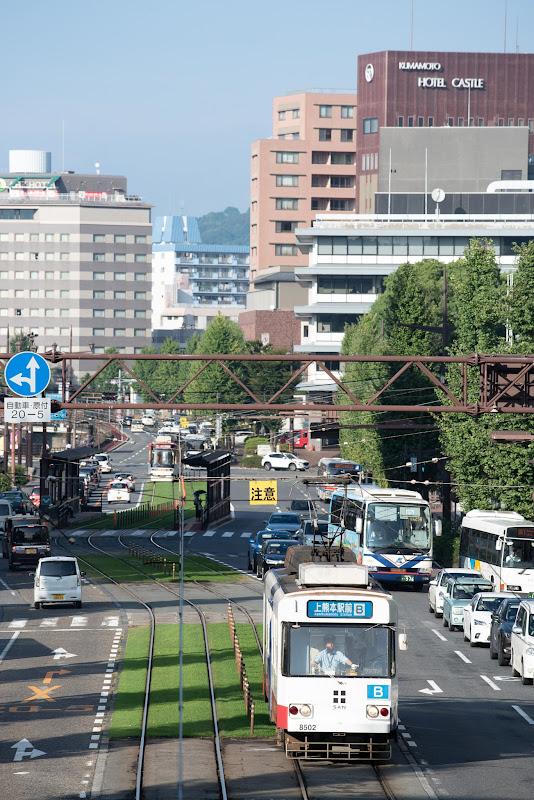 180915 熊本城堀沿いを走る