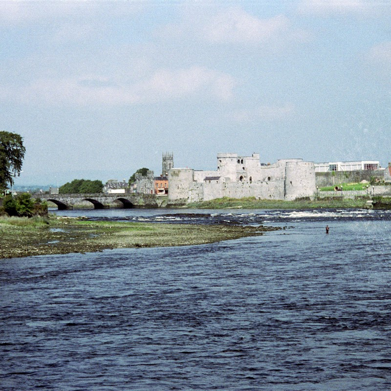 Ireland_05 Limerick Castle.jpg