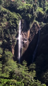 Ramboda Falls 001