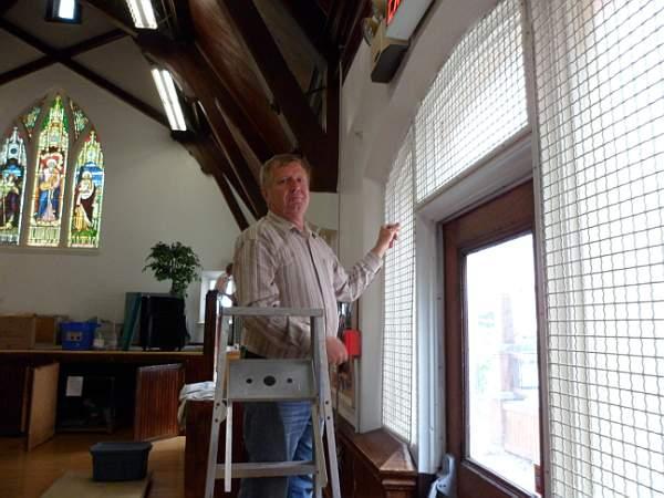 Church Cleaning 2011 - SAM_0014.jpg