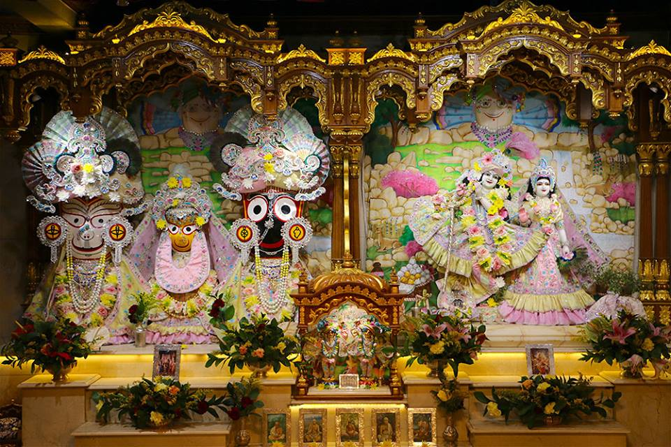 ISKCON London  Deity Darshan 22 July 2016 (3)