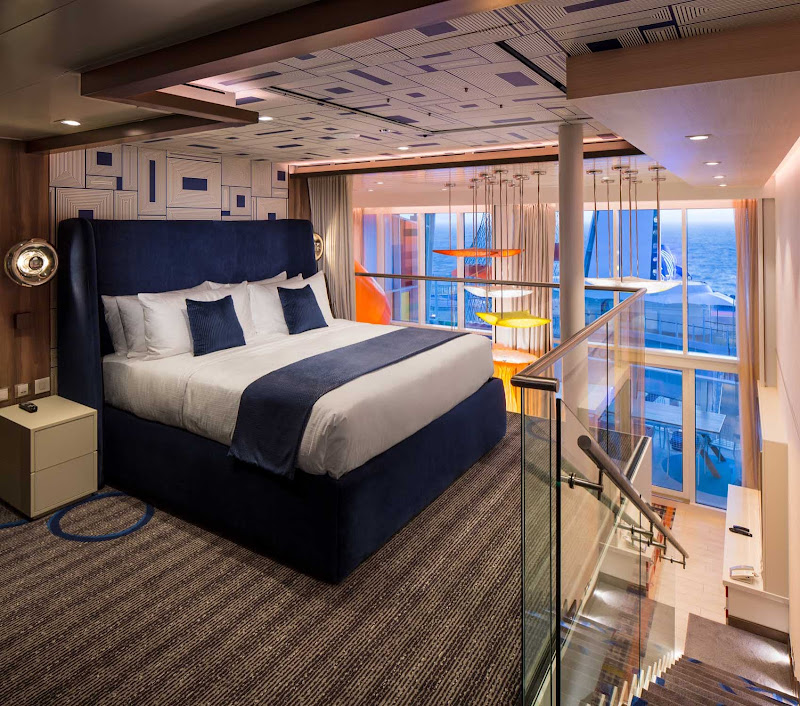 A Master Bedroom on Symphony of the Seas.