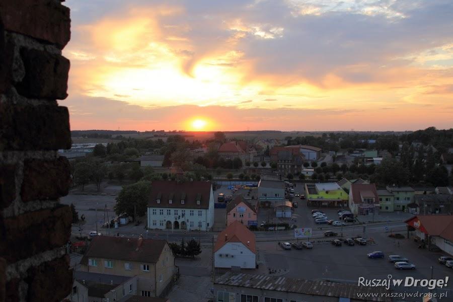 Widok z dzwonnicy Fary pw. Św. Mateusza w Nowem