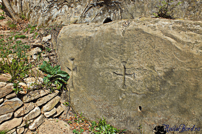 cruci corbii de piatra