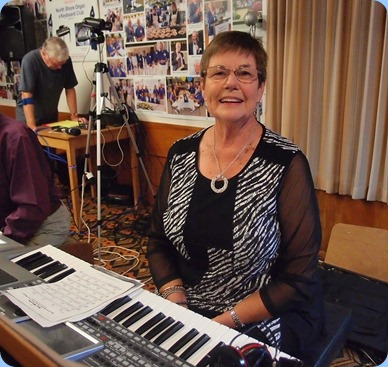 Pam Rea setting-up to play her Korg Pa900. Photo courtesy of Dennis Lyons.