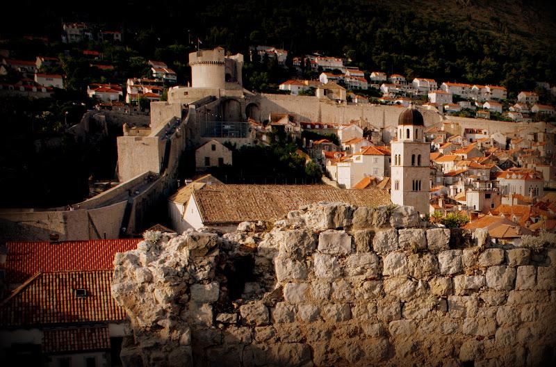 Auf der Stadtmauer Dubrovniks