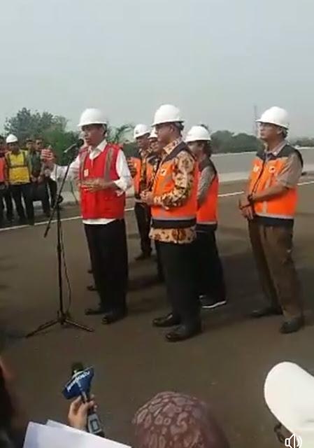 Jokowi resmikan Tol Becakayu