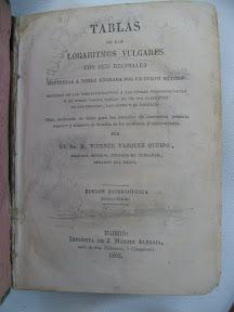 ¡El título ocupa ocho líneas!, mucho para un libro tan pequeño.