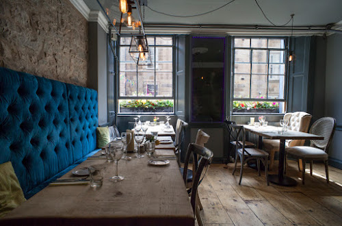 Edinburgh Based Restaurant Maison Bleue Introduced French Tapas Style Dining Which They Called Les Bouchees In When Opened 1998 And