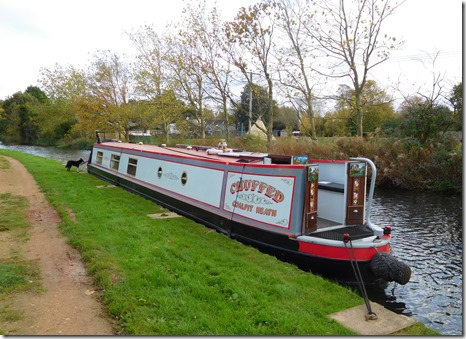 9 mooring above hawford locks