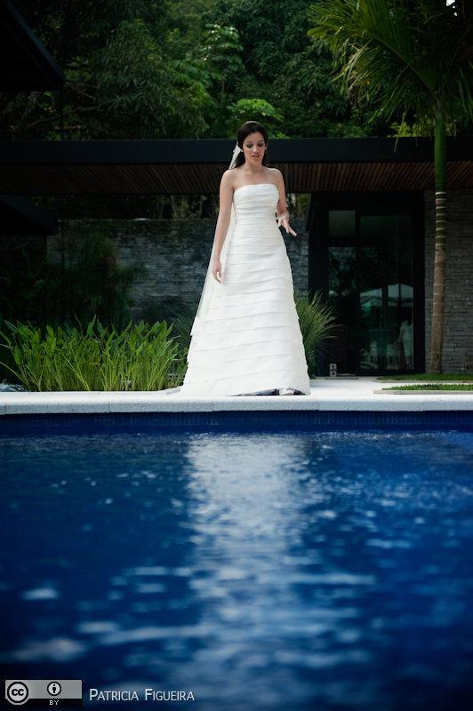 Foto de casamento 0427 de Fabiana e Guilherme. Marcações: 29/10/2010, Casamento Fabiana e Guilherme, Fotos de Vestido, Glorinha Pires Rebelo, Rio de Janeiro, Vestido, Vestido de Noiva.