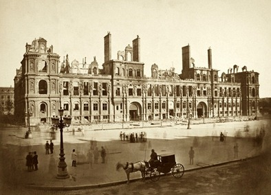 Paris-City-Hall-burnt-down-in-1871-LR