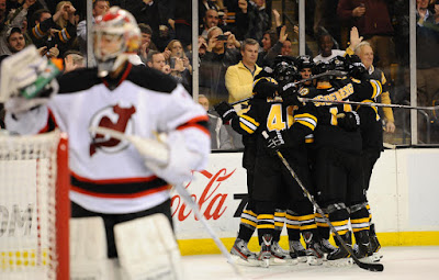 Bruins celebrate Nathan Horton's goal