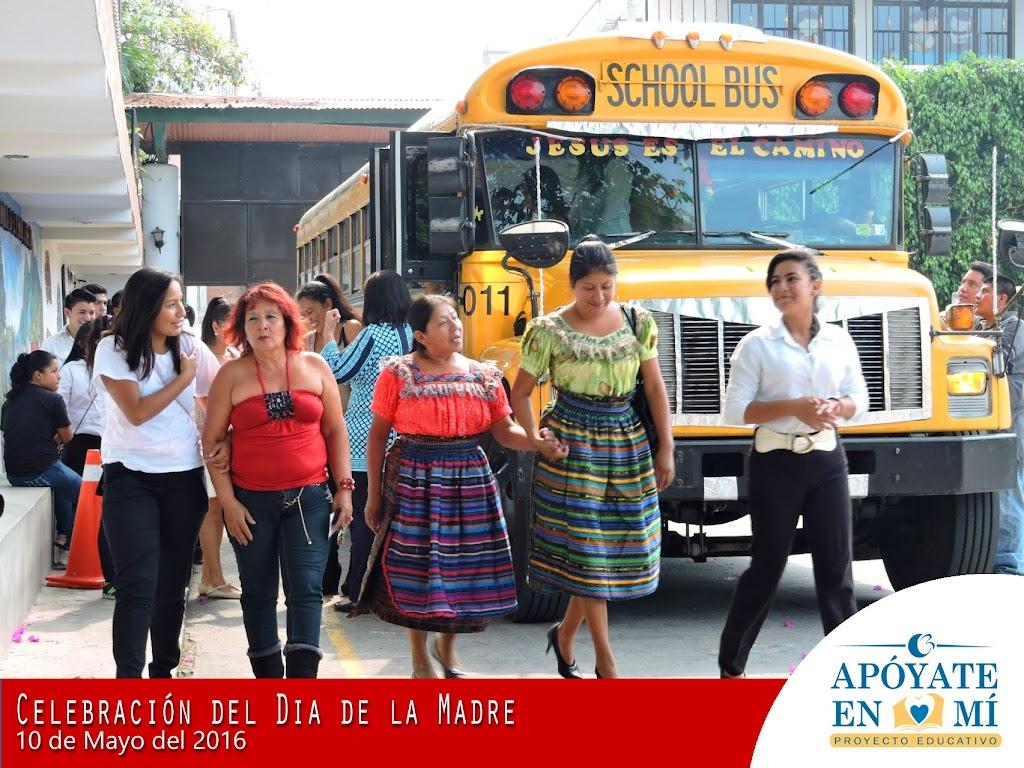 Celebracion-del-Dia-de-La-Madre-2106-03