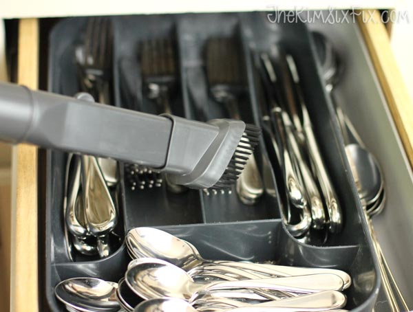 Vac silverware drawer