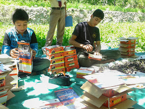Local kids packing cherries in Murtazabad.