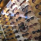Sterminata l'esposizione di occhiali per tutti i gusti!