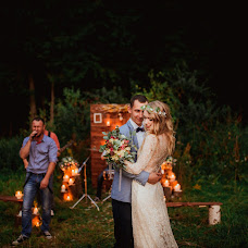 Wedding photographer Aleksandra Sadovskaya (Saal13). Photo of 13.08.2015