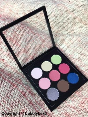 inside view of the mac flamingo park palette