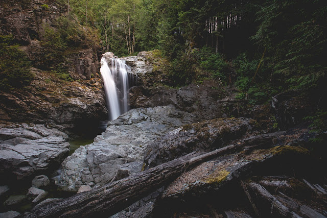 Thunder Falls. Photographer Isaac Wray