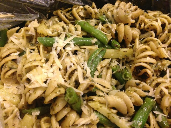 Immediately transfer to a large serving bowl.  Add pesto and toss to coat...