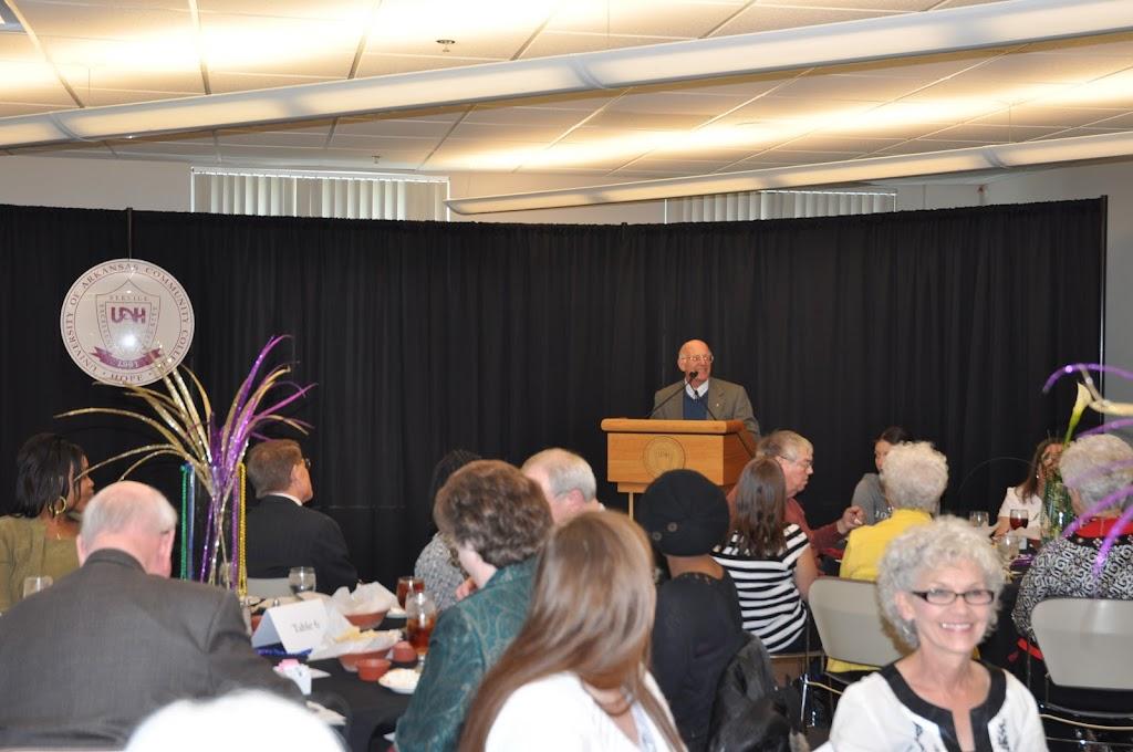 Scholarship Ceremony Spring 2011 - DSC_0061.JPG